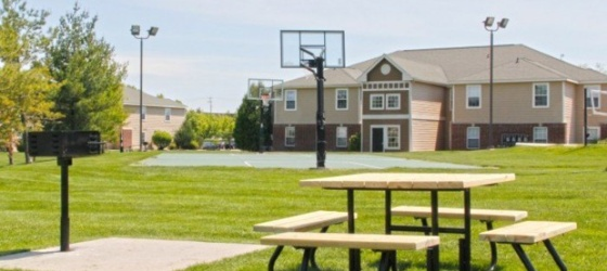 CMU Housing University Meadows for Central Michigan University Students in Mount Pleasant, MI